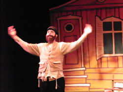 Tevye played by Matthew McComb